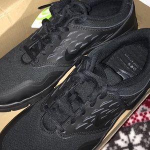 black women's nike orive NM sneakers